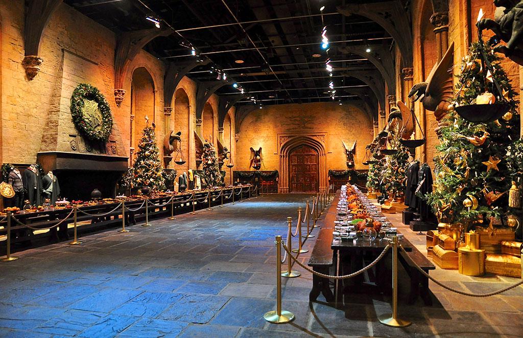 Большой зал Хогвартса - музей Гарри Поттера в Лондоне