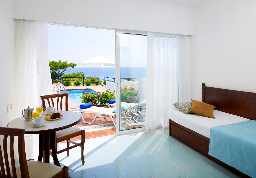 Traditional junior suite с личным бассейном, отель Porto angeli на Родосе