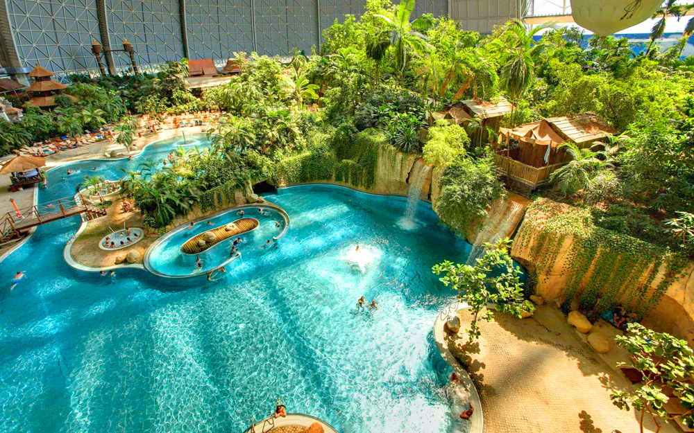 Tropical Islands в Крауснике, Германия