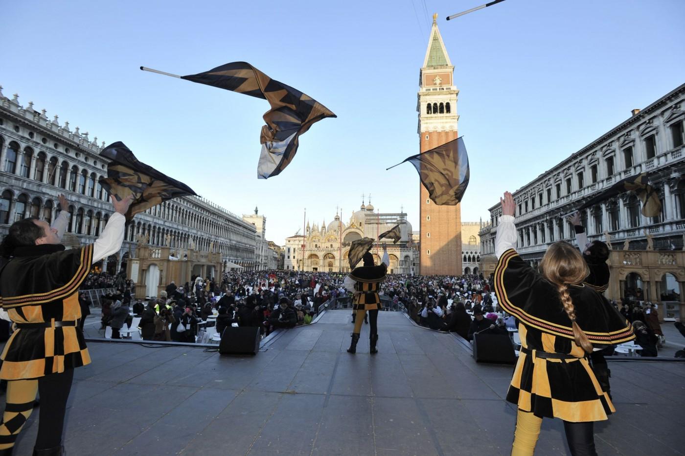 Представления во время Венецианского карнавала