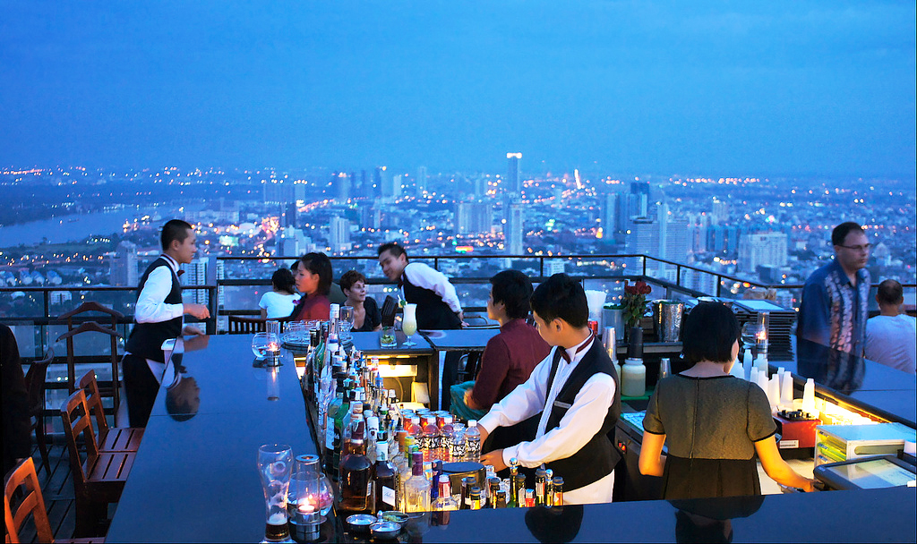 Бар Vertigo and Moon Bar в Banyan Tree Hotel, Бангкок