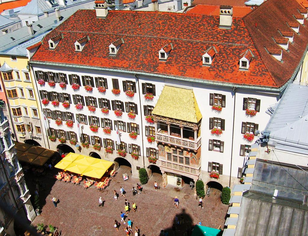 Вид на Дом с золотой крышей, Инсбрук
