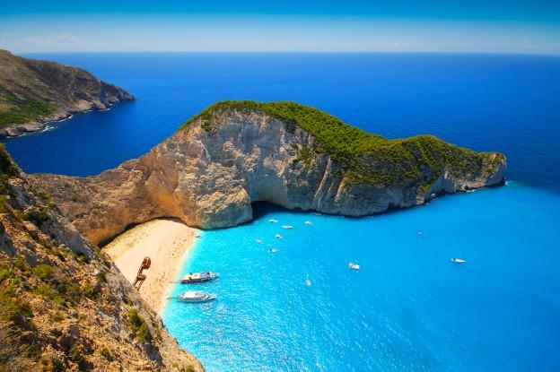 Вид на бухту Навагио, остров Закинф, Греция