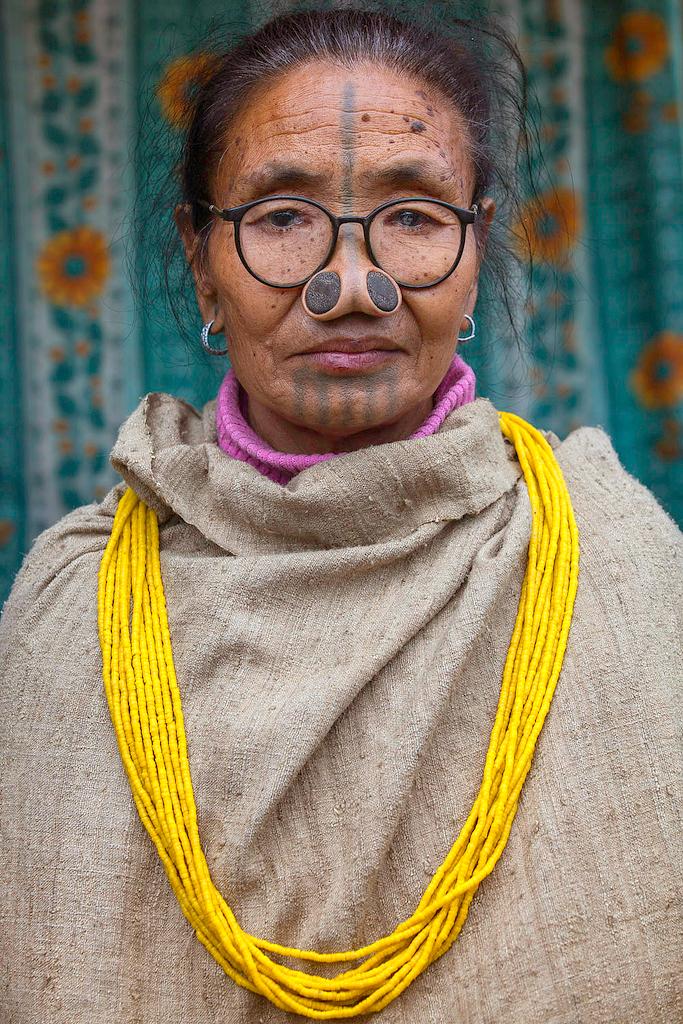 Женщина народа апатани