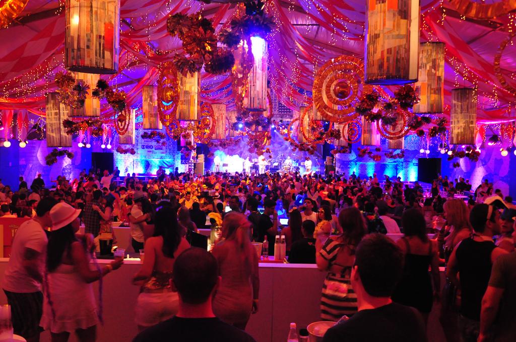 Карнавальные балы в Рио-де-Жанейро