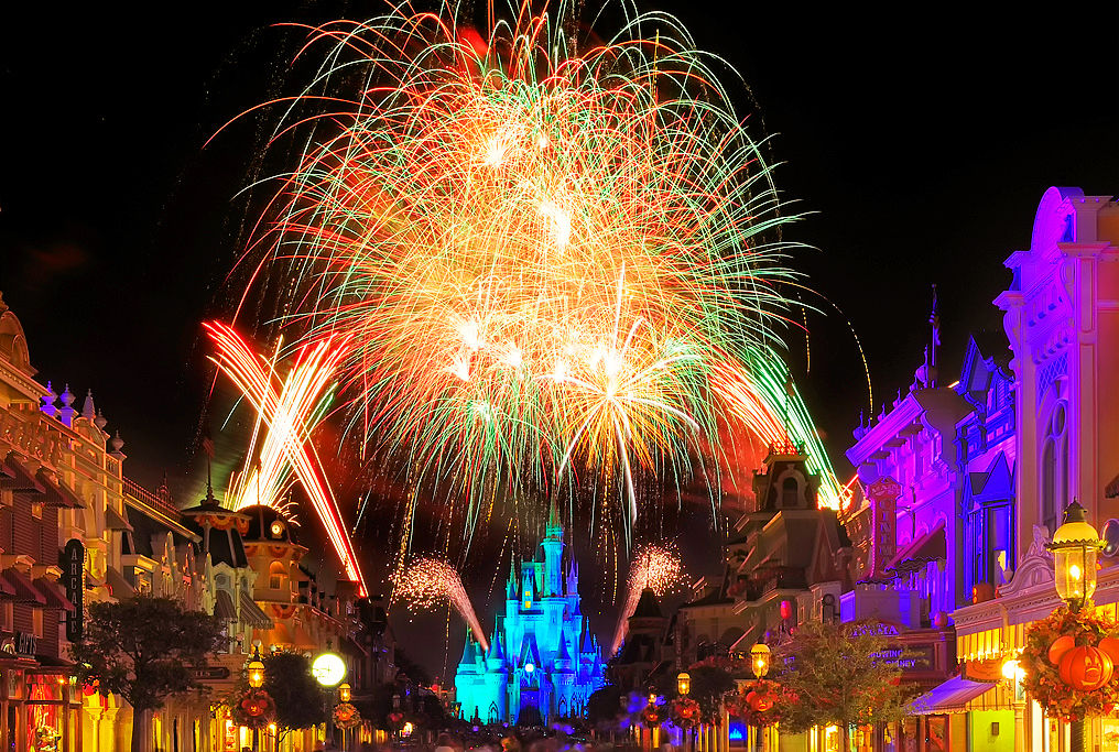 Фейерверк на Хэллоуин в Disney World