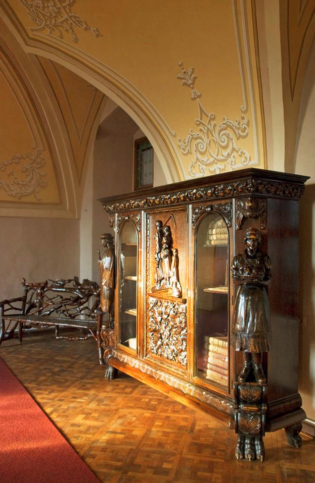 Внутри ужгородского замка