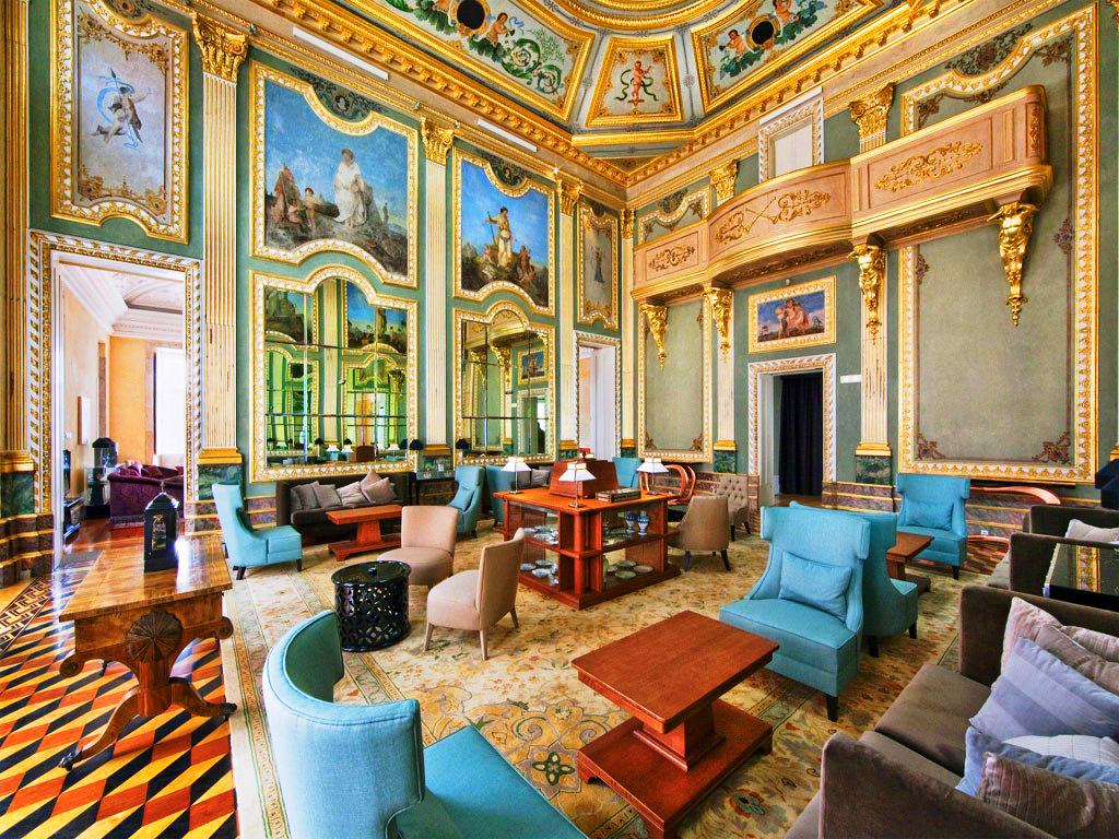 Лобби в Pousada Do Porto Freixo Palace Hotel