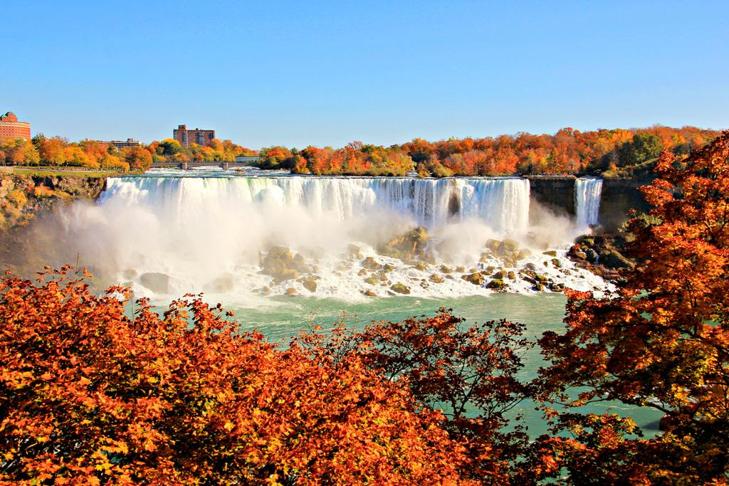 Ниагарский водопад осенью,  Канада