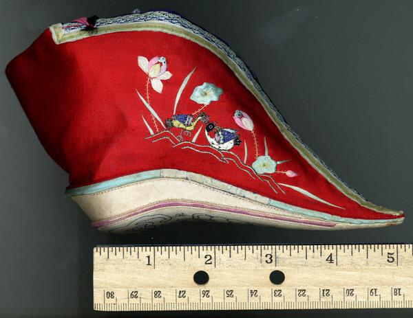 Обувь для лотосовой ножки