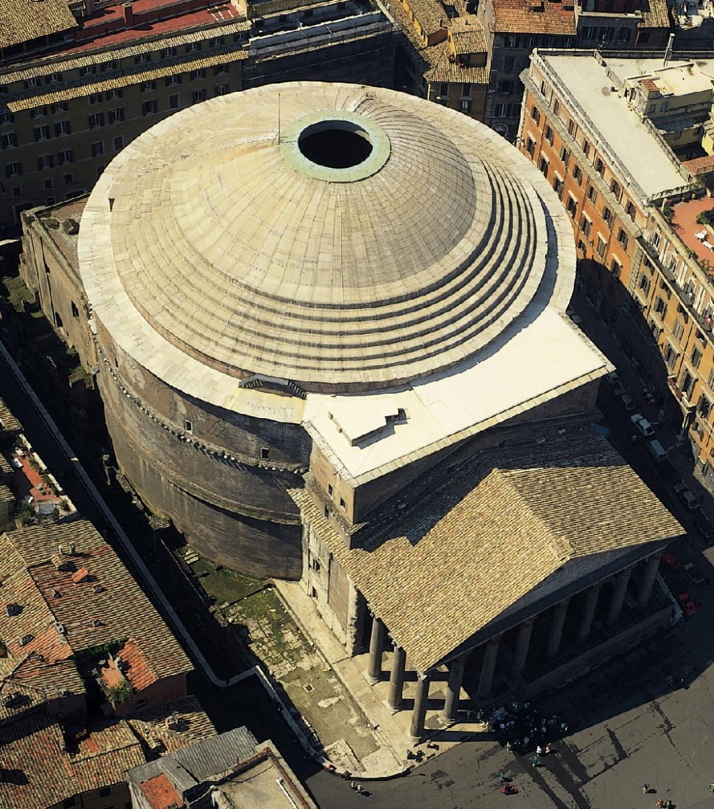 Пантеон в Риме, вид сверху