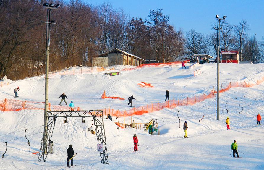 Лыжный спуск в Протасовом яру, Киев