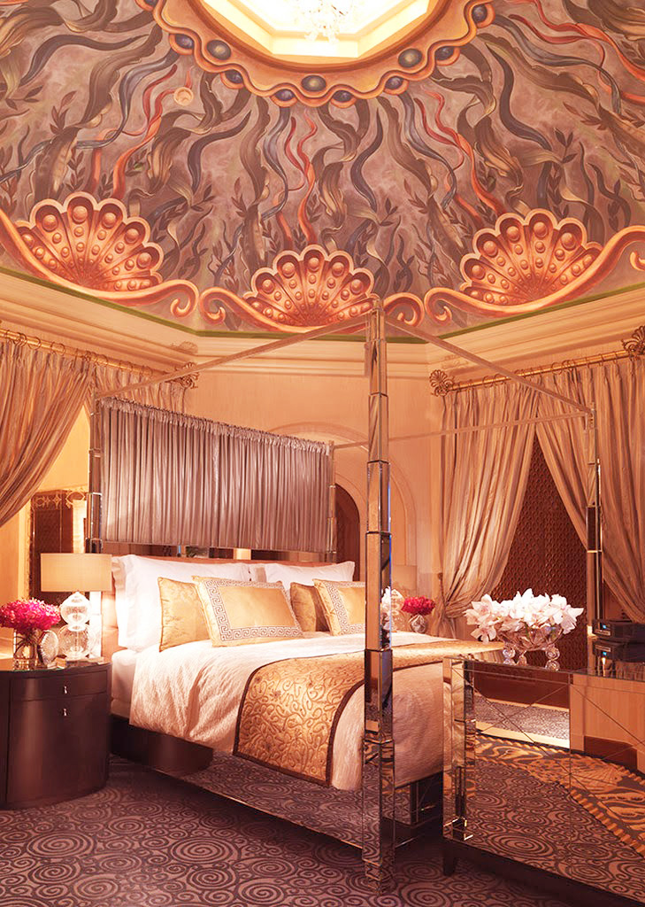 Спальня в Royal Bridge Suite