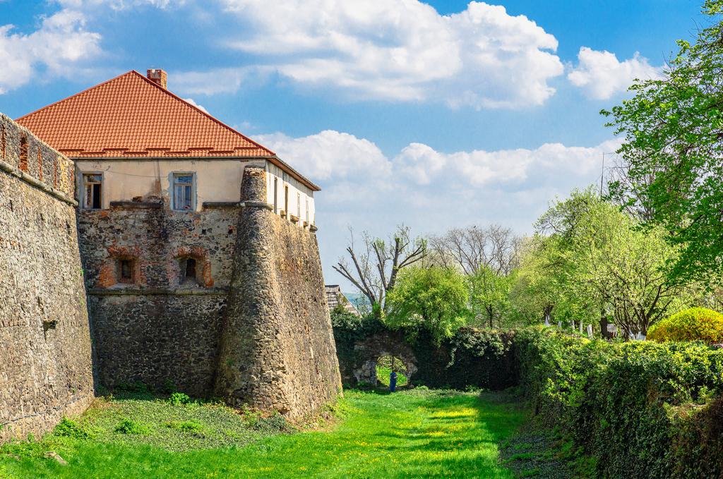 Картинки по запросу ужгородський замок