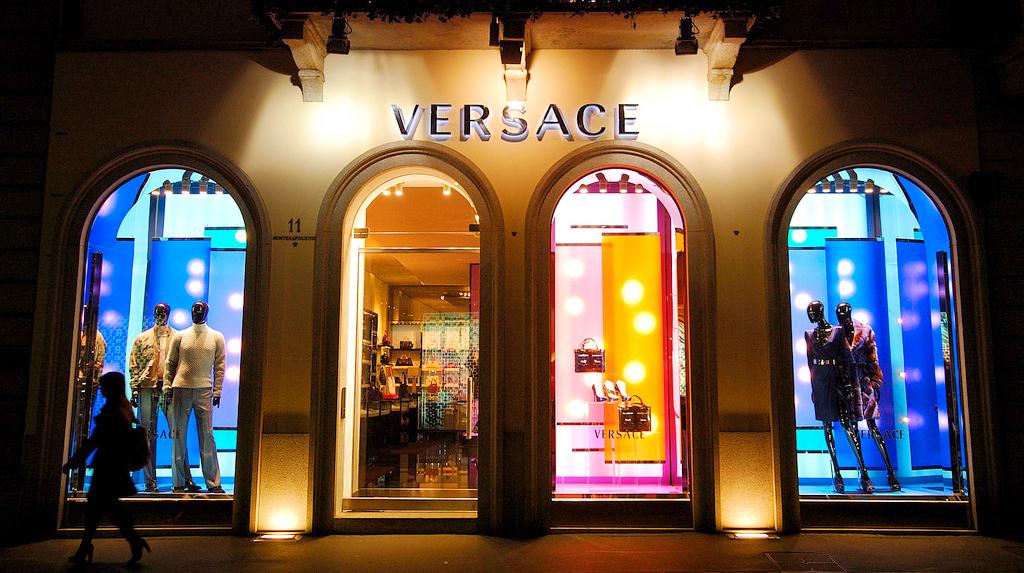 Квартал моды, улица Via-Montenapoleone, Милан