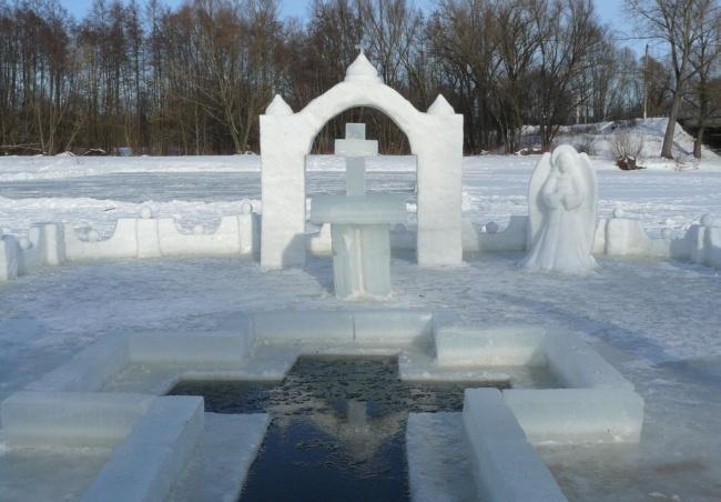 для купания в Крещение оборудуют специальные проруби