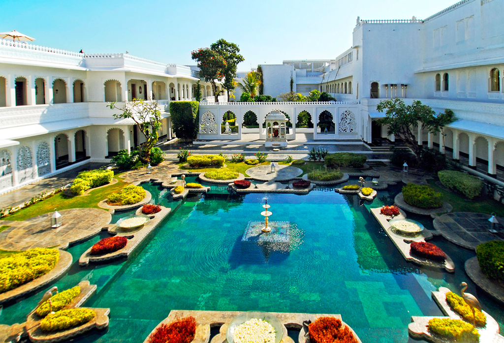 Внутренний двор Taj Lake Palace