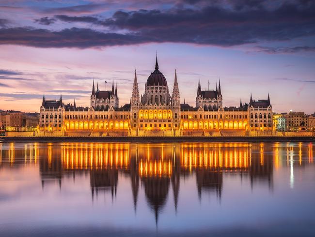 Flights to Hungary