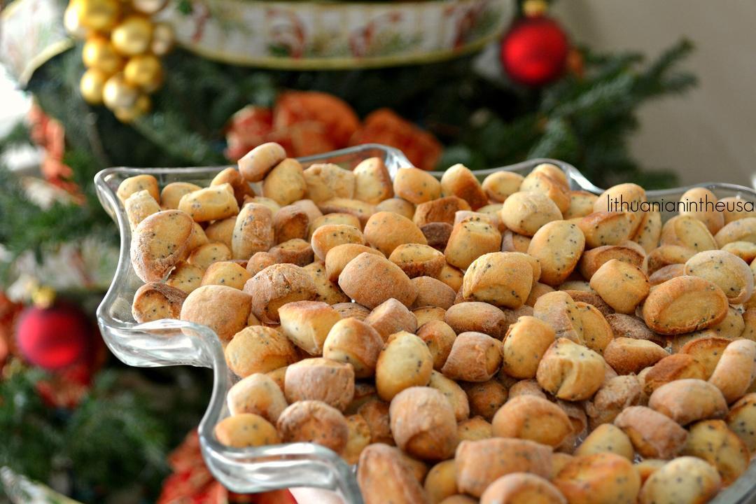 Вазочка полная рождественского печенья