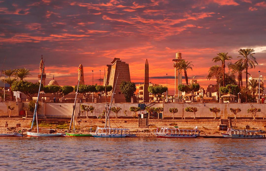 Нил в Луксоре