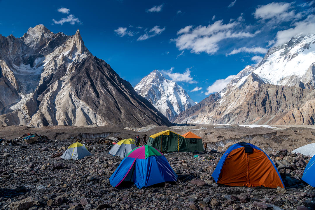 Вид на K2 видно из лагеря Конкордия в Пакистане