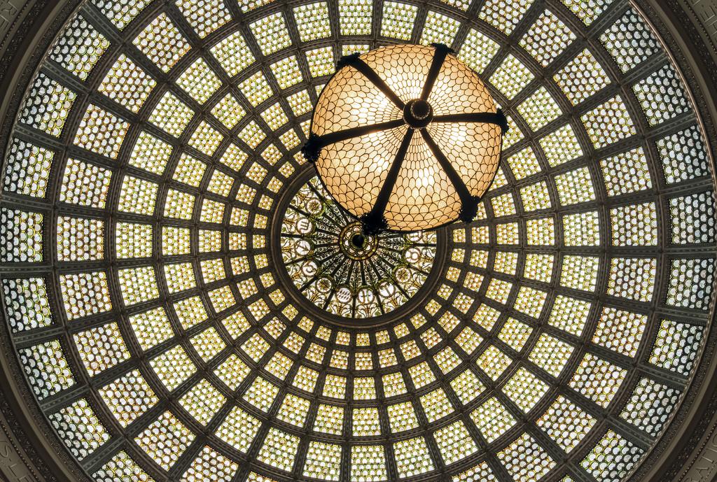Чикагский культурный центр, купол Тиффани в зале Престон Брэдли
