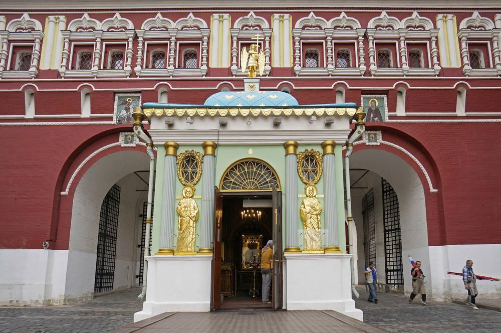 Очень некрополь у кремлевской стены как попасть извиняюсь, но