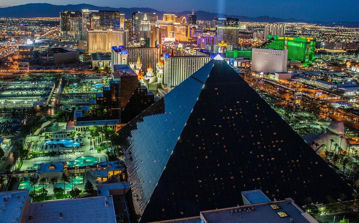 Самый знаменитый казино вегаса координаты казино 4 дракона в самп