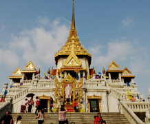 The Temple of Wat Traimit