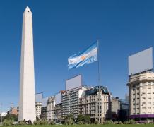 Обелиск в Буэнос-Айрес