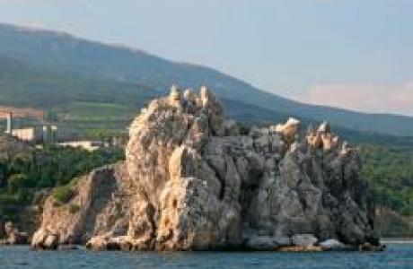 Белые скалы Адалары