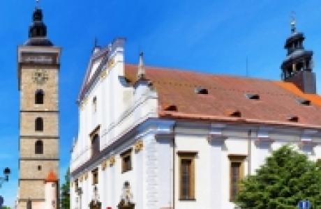 Черная башня и собор св Микулаша