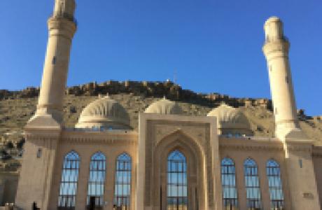 Мечеть Биби-Эйбат в Баку