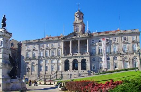 Дворец Биржи в Порту