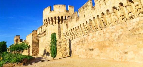 Крепостные стены Авиньона