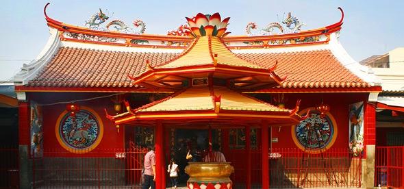 Храм Цзинэ-Юань