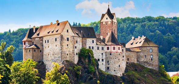 Картинки по запросу замок чехия