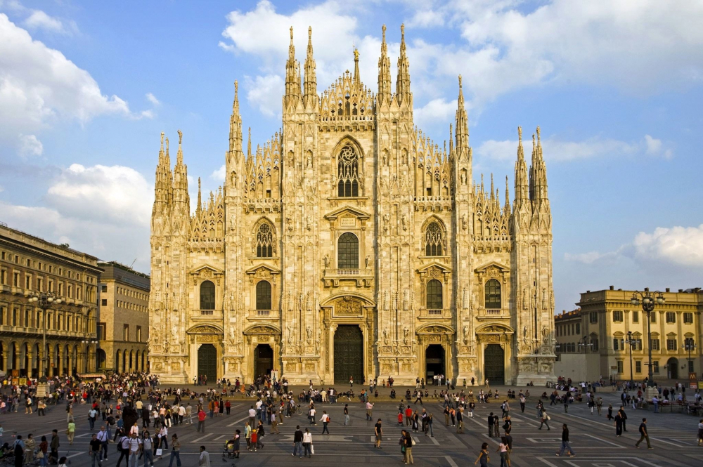 Milan Cathedral photo