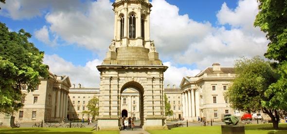 Тринити-колледж в Дублине