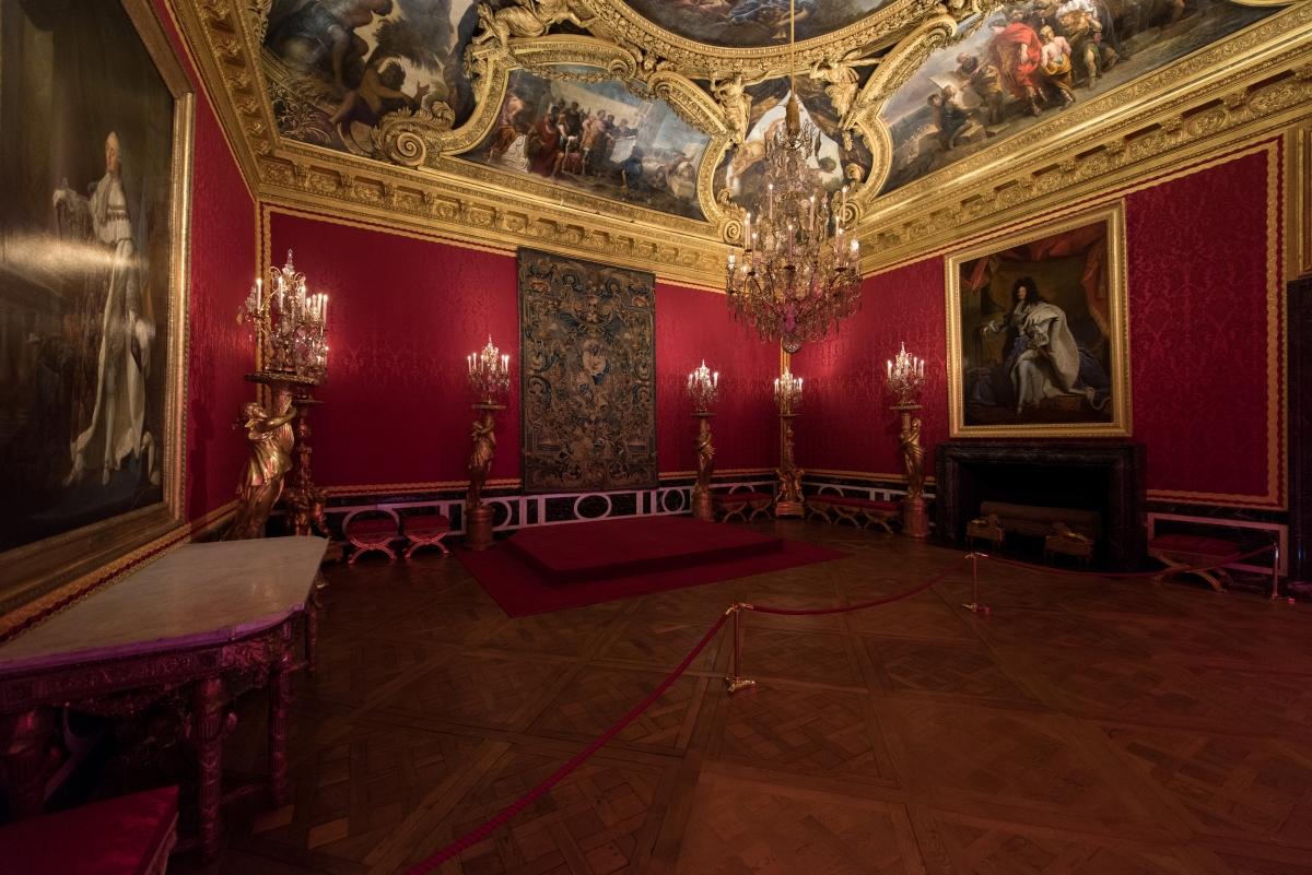 Версальский дворец зал Аполлона